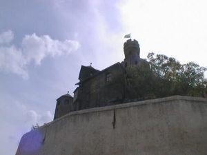 中世の姿をそのままに,破壊されたことのないマルクスブルク城(Marksburg)