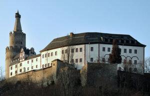 オスターブルク城(Schloss Osterburg)ヴァイダ(Weida)‐段差のあるベルクフリート