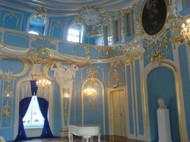 青のホール